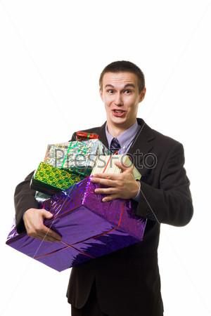 Молодой человек с подарками