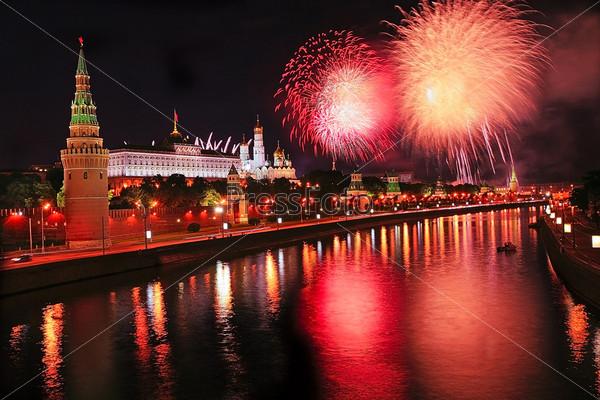 Fireworks over Kremlin in th night