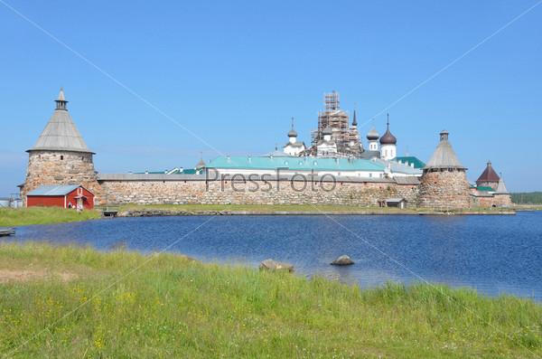 вид соловецкого монастыря со стороны святого озера быть