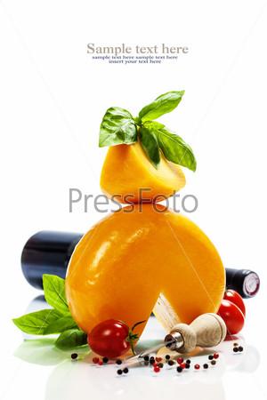 Вино, сыр и итальянские ингредиенты