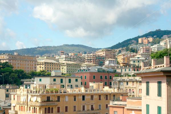 Вид на Геную со смотровой площадки Виллетты ди Негро