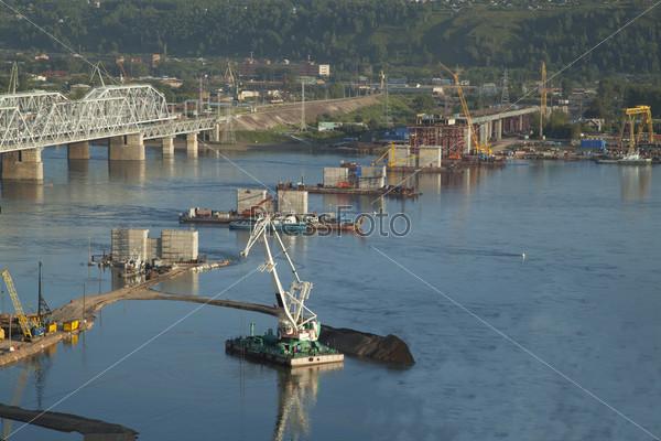 Фотография на тему Строительство моста через Енисей