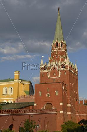 Фотография на тему Троицкая башня московского кремля