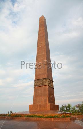 Фотография на тему Монумент неизвестному матросу в Одессе в парке Шевченко