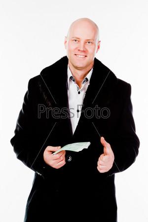 Молодой и успешный деловой мужчина