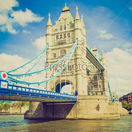 Тауэрский мост на реке Темзе, Лондон, Великобритания