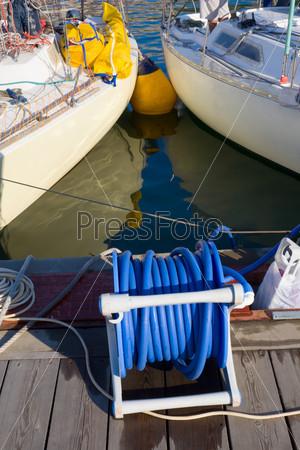 Яхты в гавани