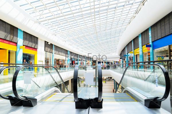 Фотография на тему Современный торговый центр