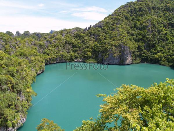 Озеро в национальном морском парке в Таиланде, Кох Самуи