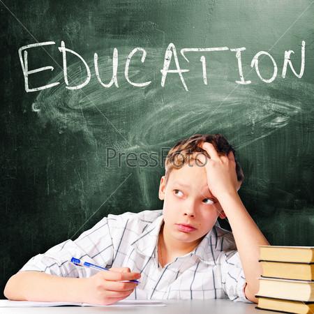 Фотография на тему Печальный школьник