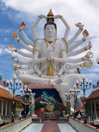 Фотография на тему Женщина с руками, памятник в Таиландском парке культуры
