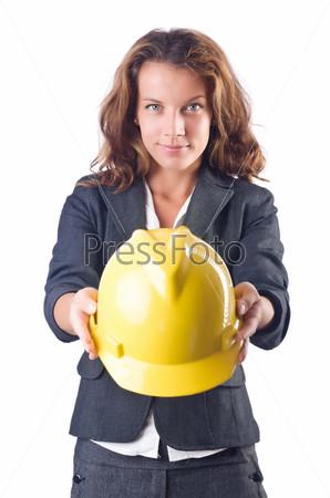 Женщина на стройке с каской на белом фоне