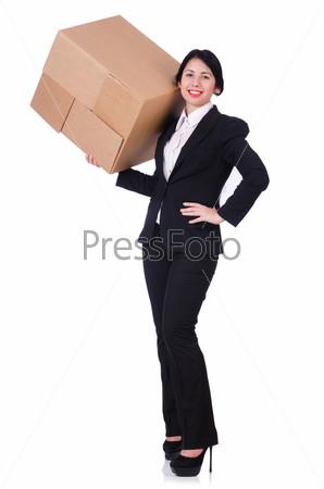 Женщина с большим количеством коробок на белом фоне