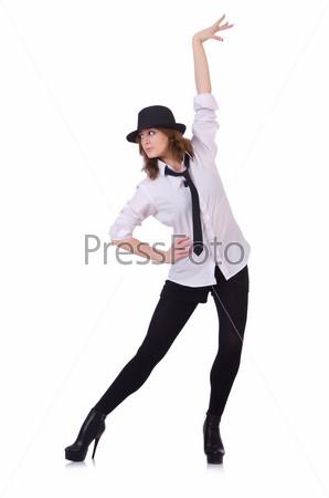 Танцовщица исполняет современный танец