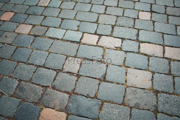 Фотография на тему Старая дорога, вымощенная булыжником