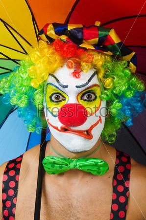 Фотография на тему Клоун с зонтиком