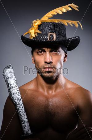 Фотография на тему Пират в темной комнате