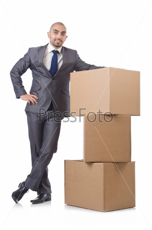 Фотография на тему Бизнесмен с коробкой, изолированный на белом