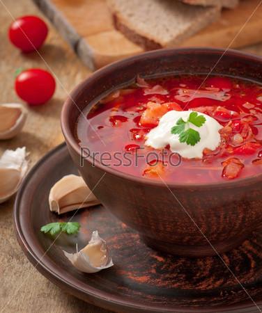 Фотография на тему Украинский и русский традиционный суп борщ крупным планом