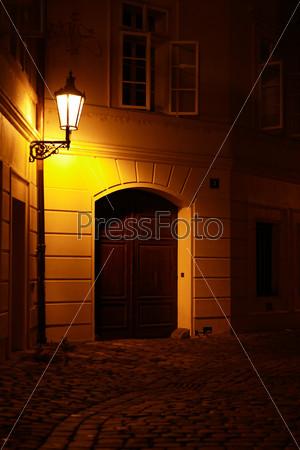 Фотография на тему Старинный уличный фонарь