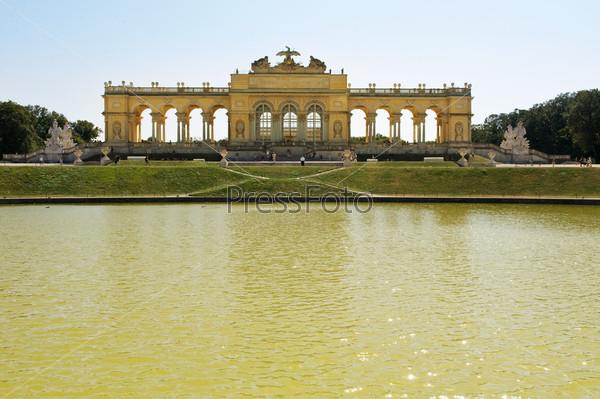 Фотография на тему Дворец Шенбрунн, Глориетта, Вена