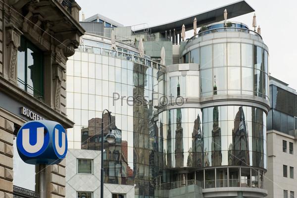 Фотография на тему Отражение в здании, Вена