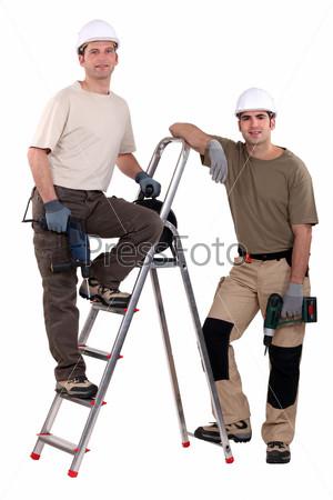 Рабочие со сверлами
