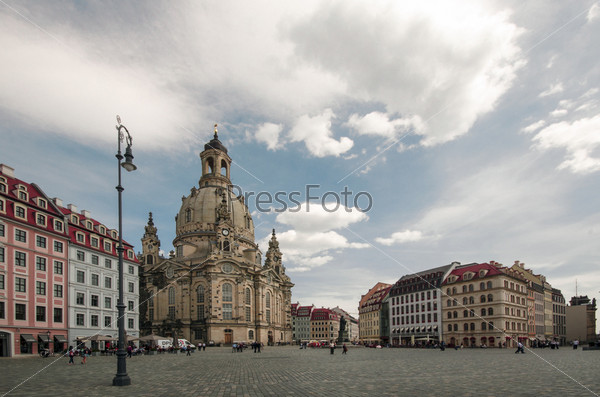 Древний собор в Дрездене