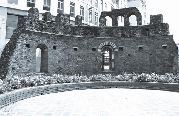 Фотография на тему Руины церкви Сан-Джованни в Конка, Милан, Италия