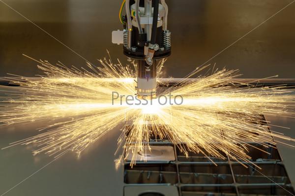 Промышленная машина для плазменной резки металла