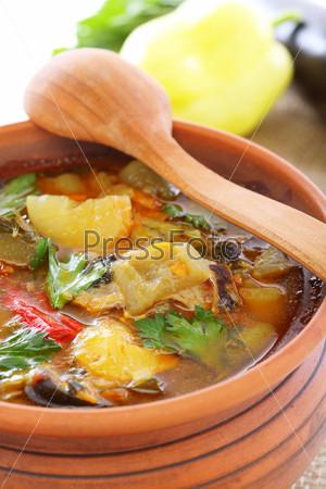 Фотография на тему Суп с мясом и овощами, макро