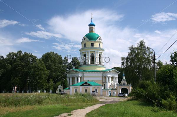Фотография на тему Гребневская церковь в усадьбе Гребнево, Подмосковье