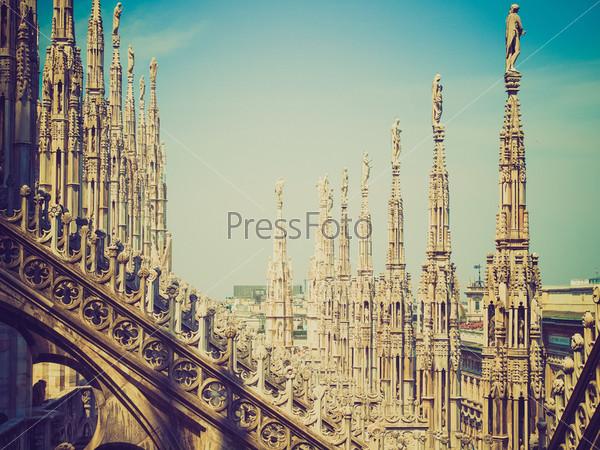 Готический кафедральный собор Дуомо, Милан, Италия