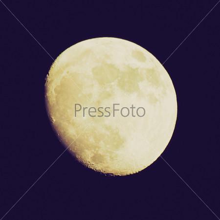 Фотография на тему Полная Луна на черном небе