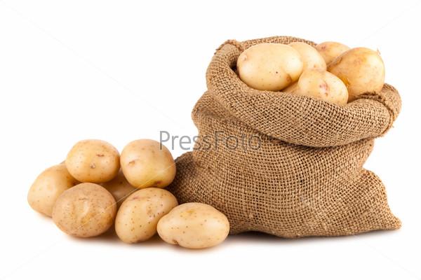 Мешок спелого картофеля