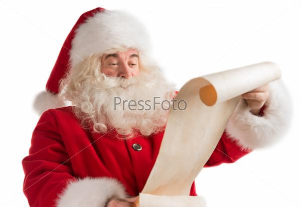 Портрет счастливого Санта-Клауса с рождественским письмом