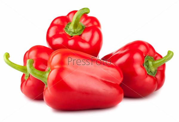 Четыре красных сладких перца