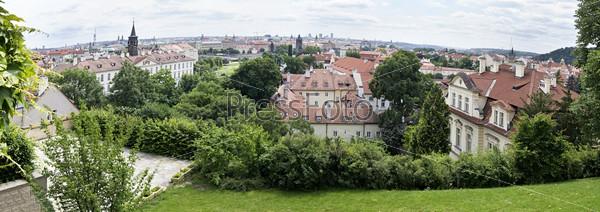 Панорама исторического центра Праги с воздуха