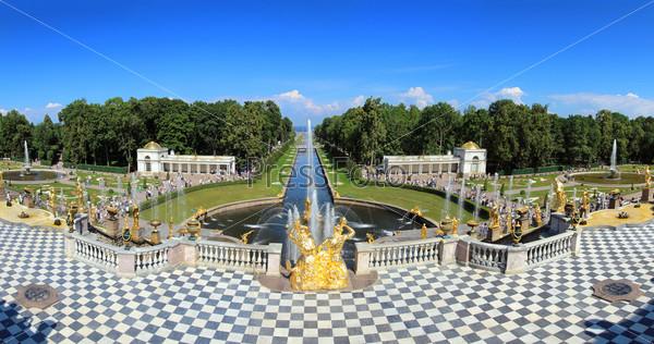 Знаменитые фонтаны, Петергоф, Санкт-Петербург