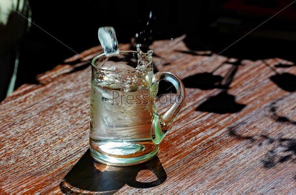 Старинный стакан