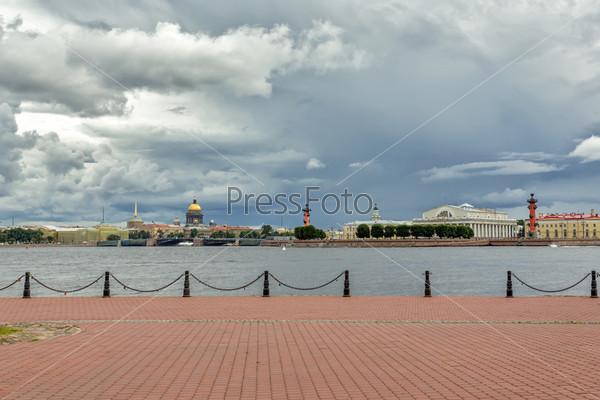 Классический вид Санкт-Петербурга