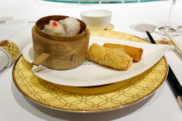 Китайская еда Димсам
