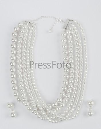 Ожерелье из жемчуга с серьгами