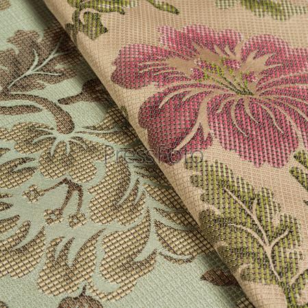 Ткань с цветочным узором