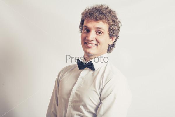 Фотография на тему Модный смеющийся мужчина