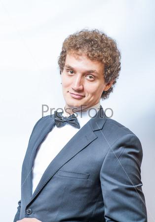 Фотография на тему Портрет красивого мужчины в костюме