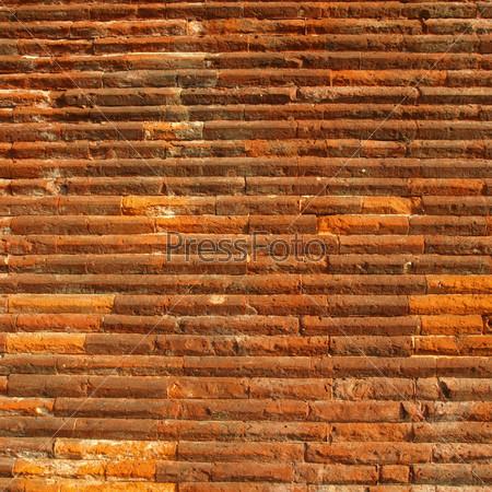 Фотография на тему Древняя римская кирпичная стена
