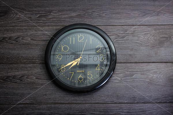 Фотография на тему Черные часы
