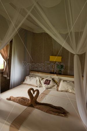 Фотография на тему Кровать с балдахином