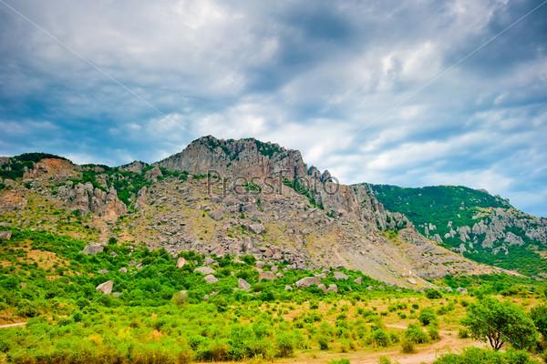 Фотография на тему Гора Демерджи в облаках